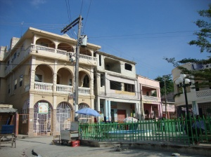 A building in Les Cayes